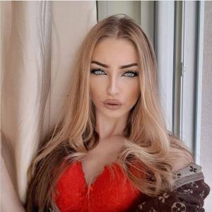 Mihaela9